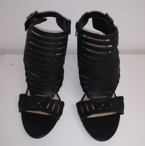 Ladie Size 10 shoe from Shoedazzle